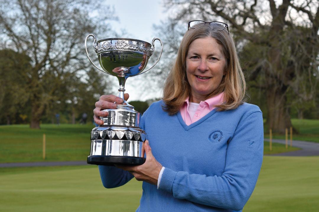 Tracey Wins Championship